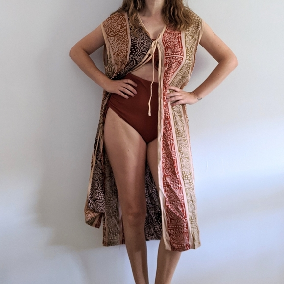 1990's Tribal Patterned Loose Weave Rayon Vest